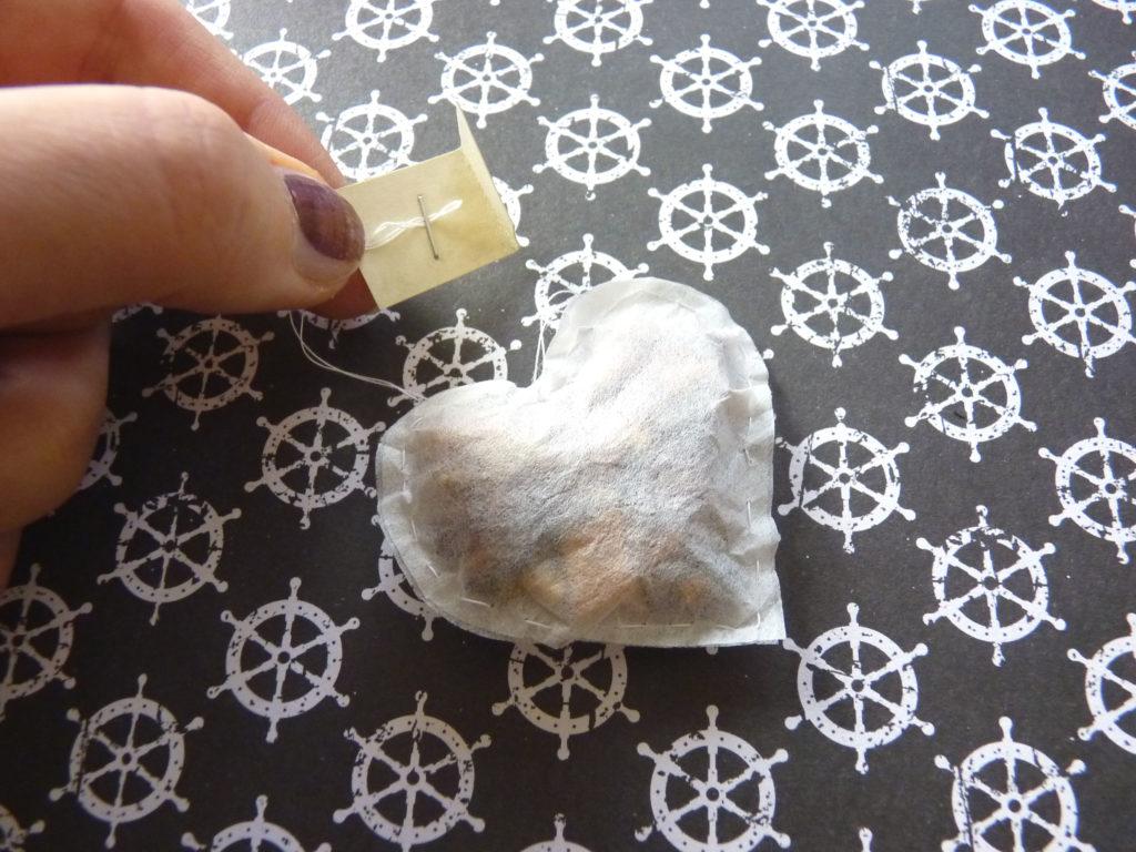 Teebeutel Faden mit Papier zum Halten