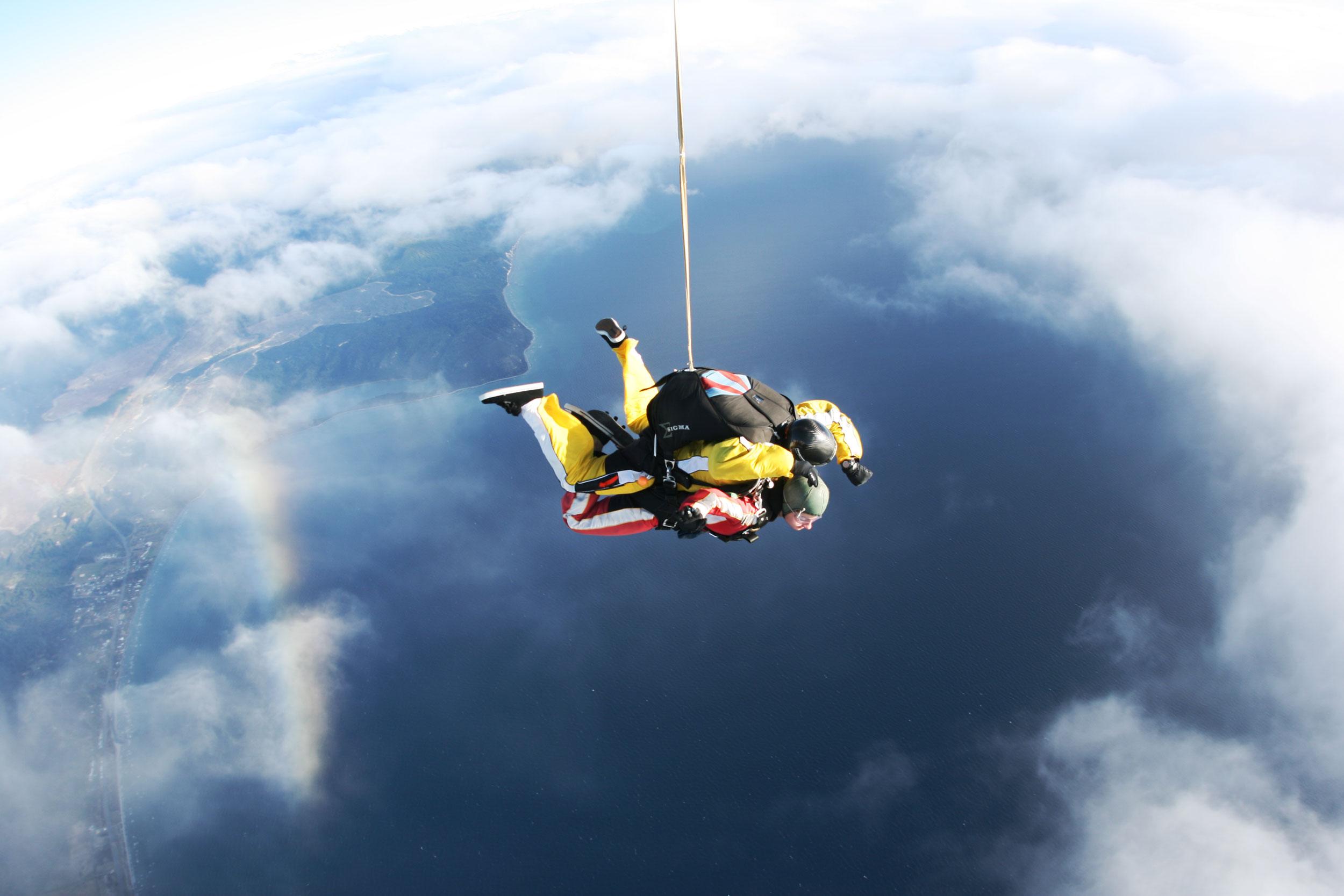 Neuseeland von oben: Fallschirmsprung & Helikopterflug – Reisebericht
