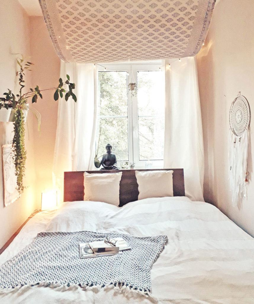 Diy lampe schlafzimmer schlafzimmer massivholz komplett aldi nord kopfkissen ideen violett ikea - Diy schlafzimmer ...