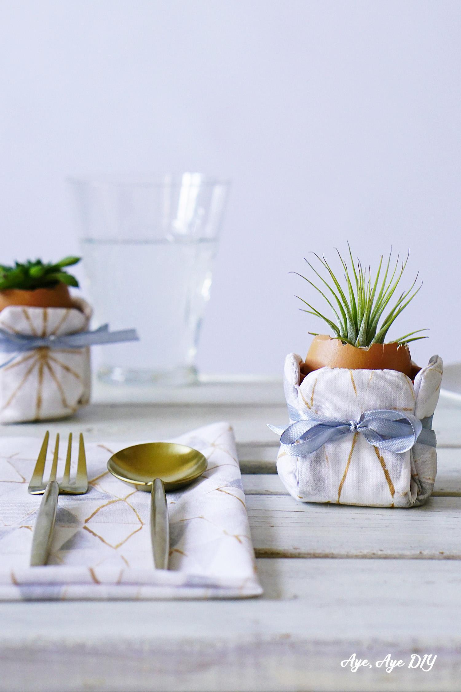 Sukkulenten im Osterei: Mini Blumentopf Hussen für die Tischdeko nähen