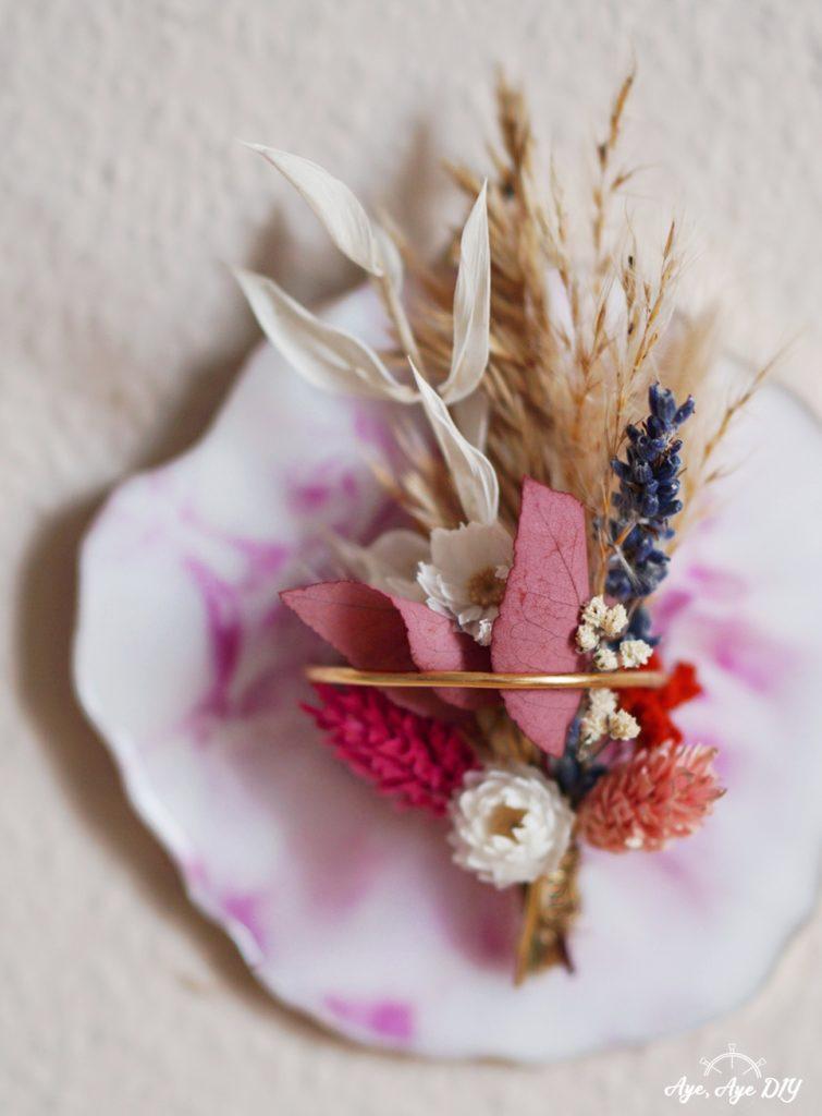 Resin Art mit Trockenblumen Boho Herbst Dekoration Idee