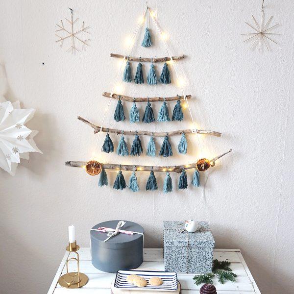 Boho Weihnachtsbaum basteln aus Ästen und Tasseln